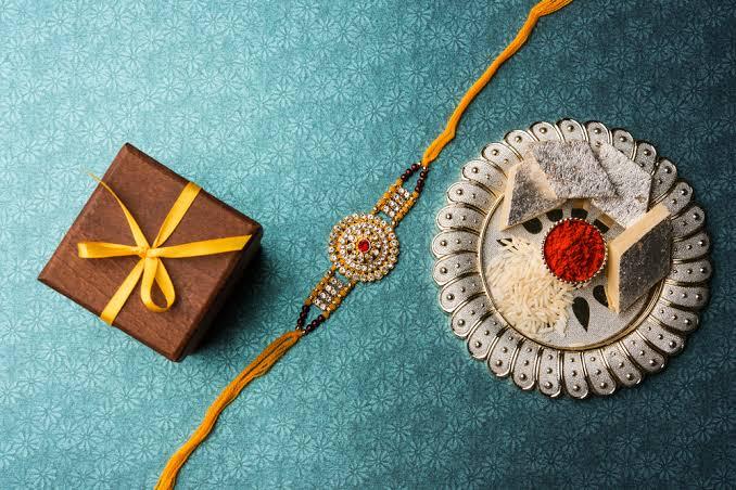 Thoughtful Rakhi Gifts to Mark this Memorable Festival of Siblinghood